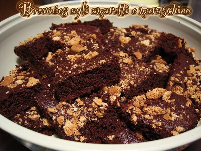 Brownies maraschino e amaretti