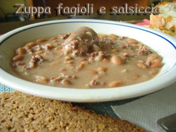 Zuppa fagioli e salsiccia