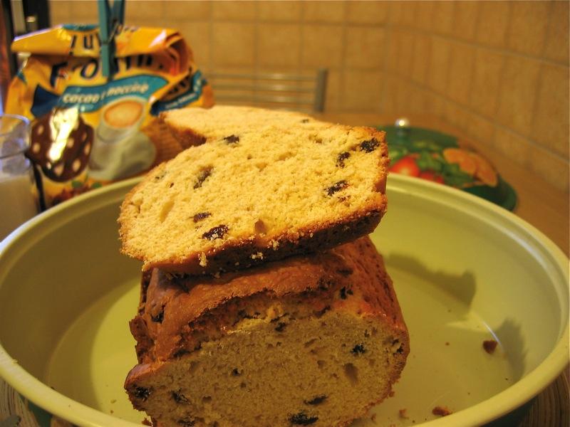 Plum cake alla cannella e uvetta sultanina
